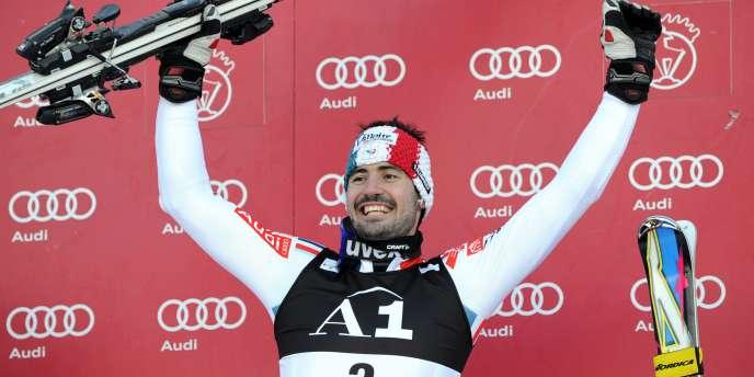 Le skieur français Jean-Baptiste Grange, le 23 janvier 2011, à Kitzbuehel en Autriche.