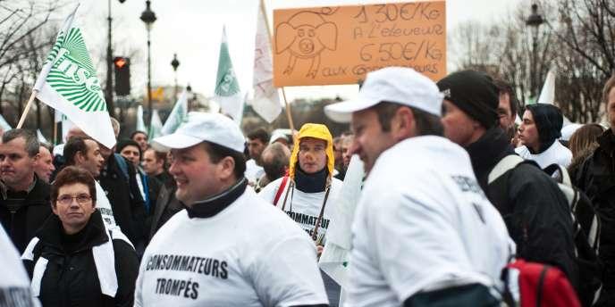 La filière porcine française craint d'être encore plus déstabilisée en raison du scandale à la dioxine en Allemagne.