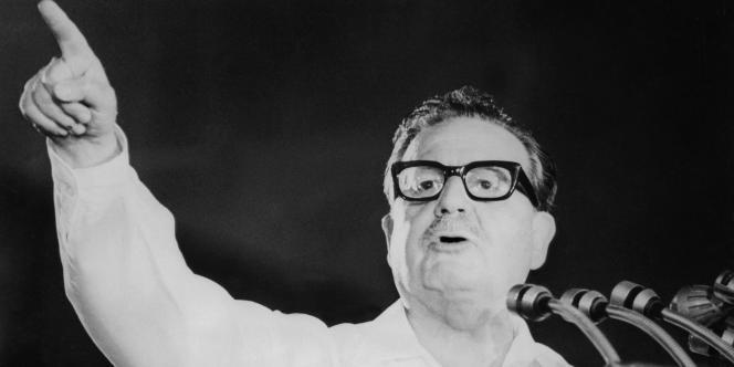 L'ancien président chilien Salvador Allende, à Santiago, en 1970.