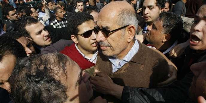 L'ancien directeur de l'AIEA, Mohamed ElBaradei, au Caire le 28 janvier 2011.