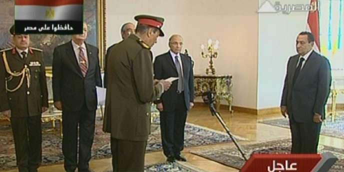 La télévision officielle égyptienne a annoncé, lundi 31 janvier, la formation d'un nouveau gouvernement en Egypte.