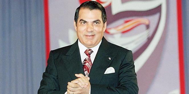 Zine El-Abidine Ben Ali, le 27 juillet 1998, à Tunis.
