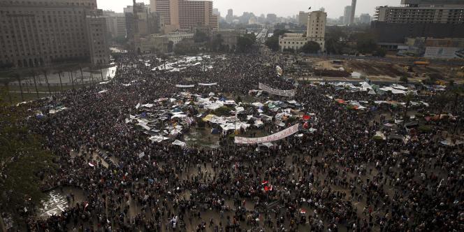 L'occupation de la place Tahrir par les manifestants anti-Moubarak continue.