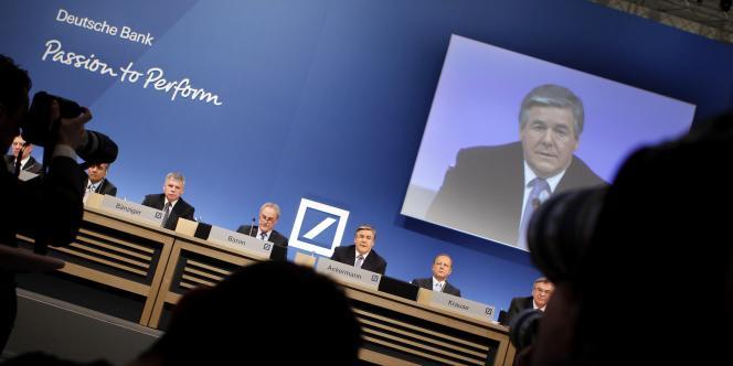 Conférence de presse présentant le bilan annuel de la Deutsche Bank, jeudi 3 février à Francfort.