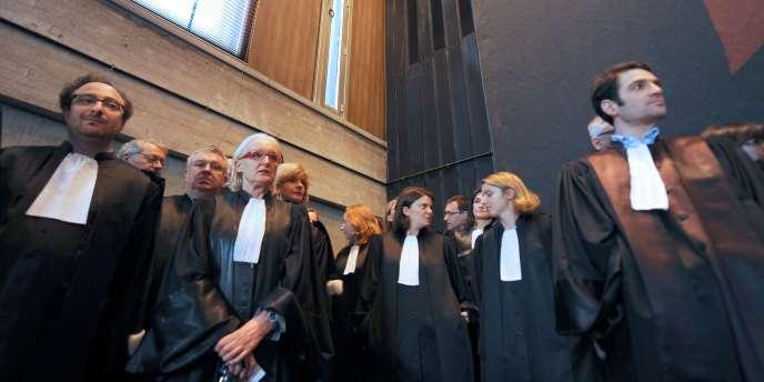 Des magistrats en grève dans un tribunal de Lille, mardi 8 février.