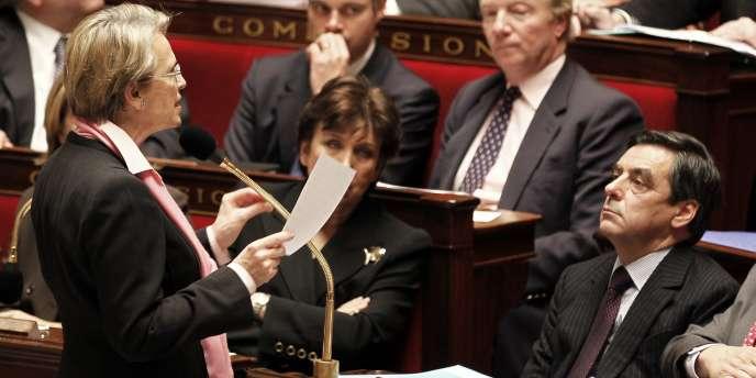 Michèle Alliot-Marie et François Fillon à l'Assemblée nationale à Paris, le 8 février 2011.