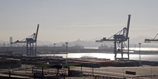 Vue du port de Marseille, le 4 février 2011.