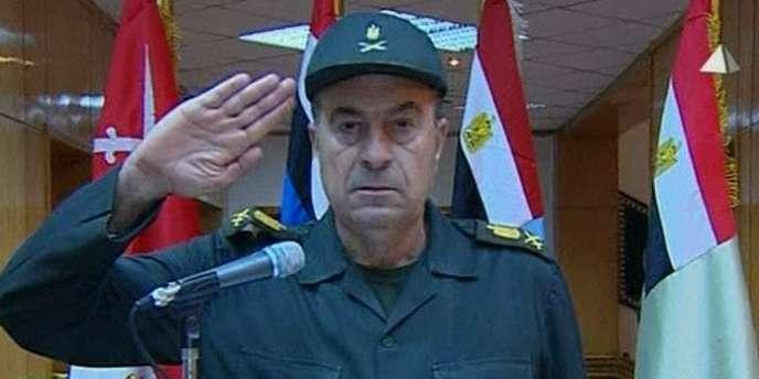 Le général Reda Mahamoud Hafez Mohamed, membre du Conseil suprême des forces armées, lors d'une apparition télévisée vendredi 11 février.