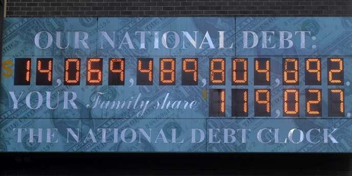 Le compteur de la dette nationale américaine, le 14 février 2011, à Times Square, à New York.