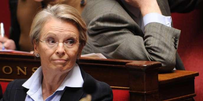 Michèle Alliot-Marie, alors ministre des affaires étrangères, à l'Assemblée nationale le 16 février 2011.