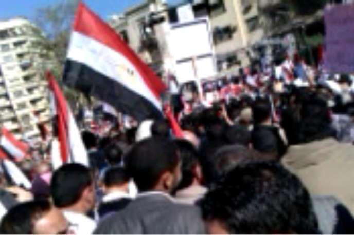 Capture d'écran d'une vidéo prise au Caire, place Tahrir, et diffusée sur Bambuser.com