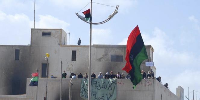 Des manifestants à Benghazi (Libye), à la mi-février 2011.