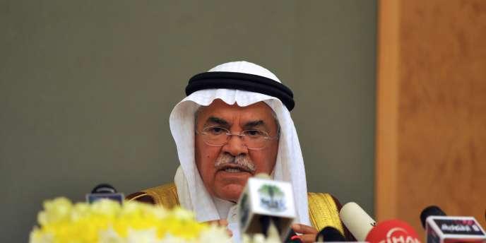 L'influent ministre saoudien du pétrole, Ali Al-Naïmi, avait indiqué, mardi 3, ne voir aucune raison de baisser le plafond de production compte tenu des niveaux jugés satisfaisants des prix et de la demande mondiale.