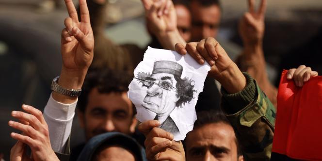 Les protestataires manifestaient leur joie jeudi à Tobrouk, aux mains des insurgés.