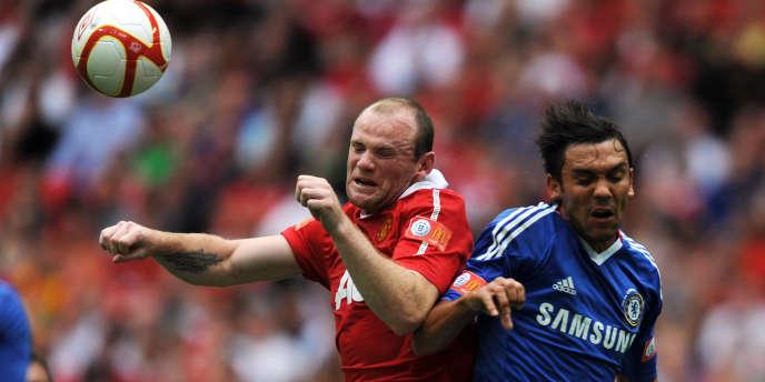 Wayne Rooney (Manchester United) et Paulo Ferreira (Chelsea) se rencontreront en quart de finale de la Ligue des champions.