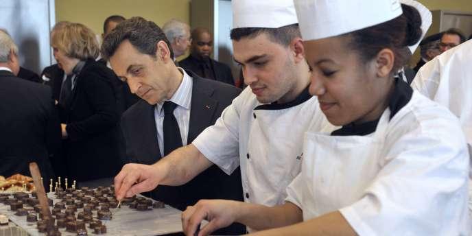 Nicolas Sarkozy visite un centre de formation et d'apprentissage, à Bobigny, le 1er mars 2011.