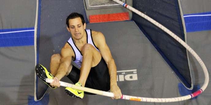 Renaud Lavillenie ne s'en cache pas, il est là pour gagner et défendre son titre indoor européen acquis en 2009.
