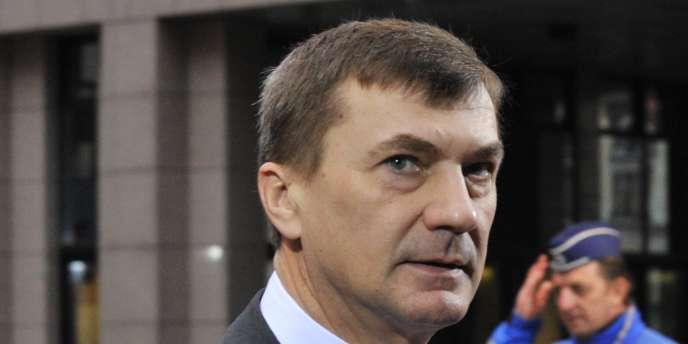 Le Premier ministre Andrus Ansip devrait être reconduit à la tête du gouvernement estonien après les législatives du 6 mars 2011.