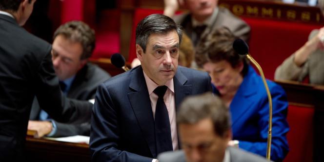 François Filllon, premier ministre, à l'Assemblée, le 8 mars 2011