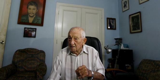 Alberto Granado en 2007, chez lui, à La Havane.