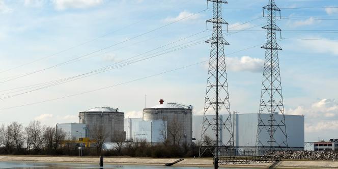 Vue de la centrale de Fessenheim, mise en service en 1977.