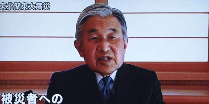 L'empereur Akihito s'adresse à la nation japonaise mercredi 16 mars 2011.
