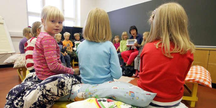 Le système éducatif finlandais, qui place le bien-être de l'élève au centre de ses préoccupations, est sans cesse mis en avant par les tests PISA.
