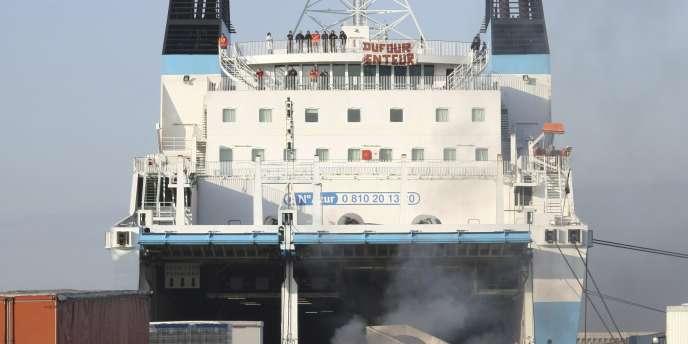 Les CRS et le GIPN avaient débloqué par la force le port de Marseille le 10 mars.