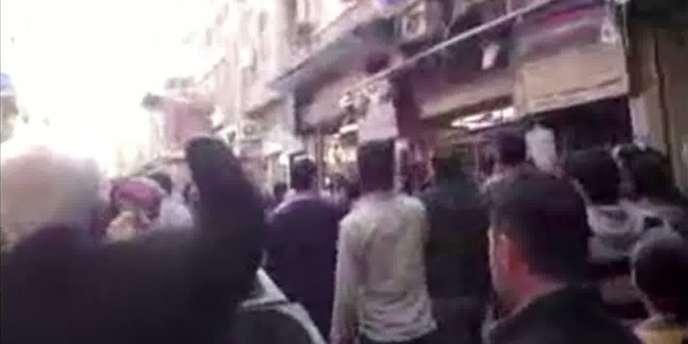 Image tirée d'une vidéo de manifestation à Damas postée sur YouTube, le 15 mars.