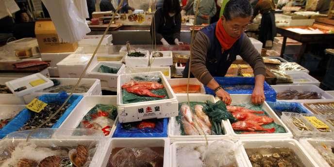 Le marché aux poissons de Tsukiji, le 22 mars.