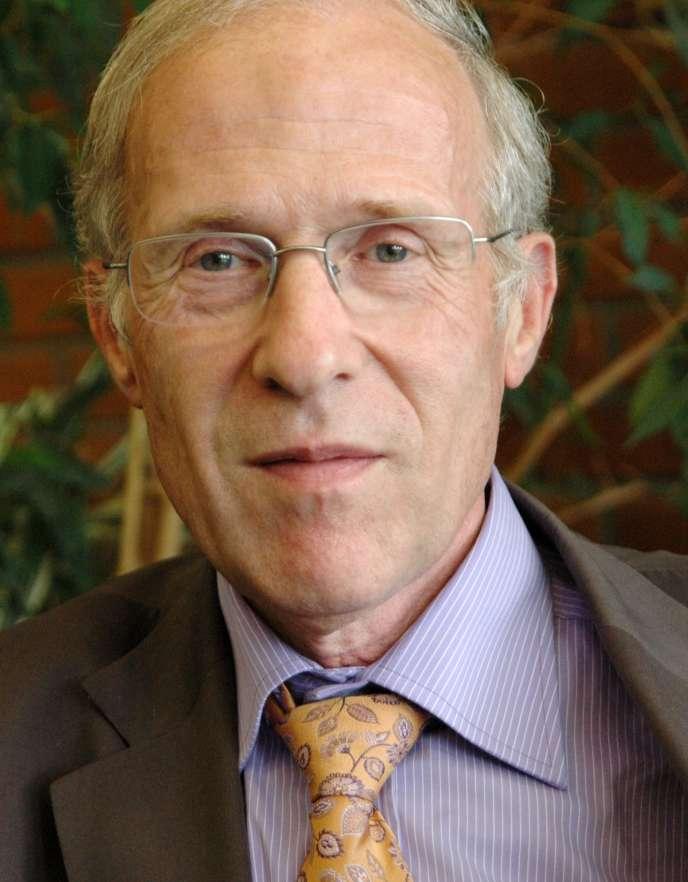 Professeur d'informatique, Jean-Charles Pomerol est président de l'université UPMC-Pierre et Marie Curie