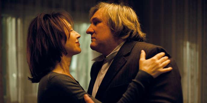 Nathalie Baye et Gérard Depardieu dans le film français de Bruno Chiche,