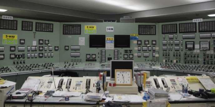 Vue de la salle de contrôle du réacteur n°3 de Fukushima, le 22 mars 2011.