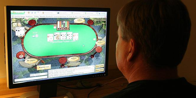Les sites de poker en ligne PokerStars et Full Tilt Poker changent de main.