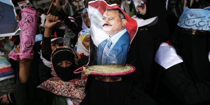 Des partisans de M. Saleh, à Sanaa, le 25 mars 2011.