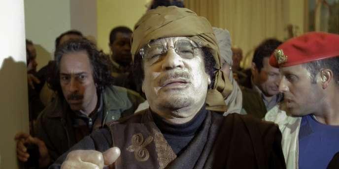 Mouammar Kadhafi à Tripoli, le 8 mars 2011.