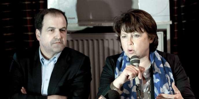 Le président du conseil général du Val-d'Oise, Didier Arnal, et Martine Aubry, à Sannois, le 17 mars 2011.
