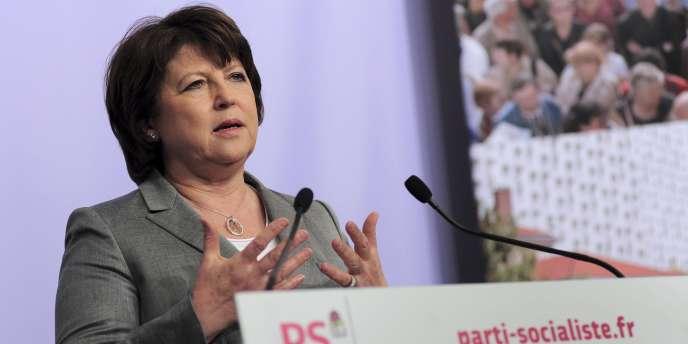 Martine Aubry, la première secrétaire du PS, tient un discours à l'issue du second tour des élections cantonales, le 27 mars 2011.