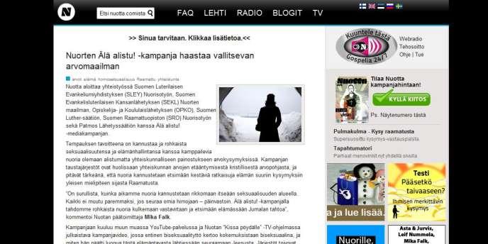 Sur le site Internet créé par l'église luthérienne de Finlande, une vidéo montre une ancienne bisexuelle