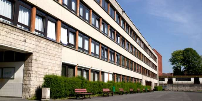 Le lycée Jean-Moulin de Roubaix (Nord) affiche un taux de réussite au bac de 82 %. Il fait partie des 36 lycées qui ont une valeur ajoutée supérieure à 10 points.