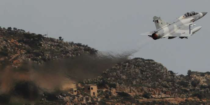 Un Mirage de l'armée qatarie décolle de Crète, le 30 mars.