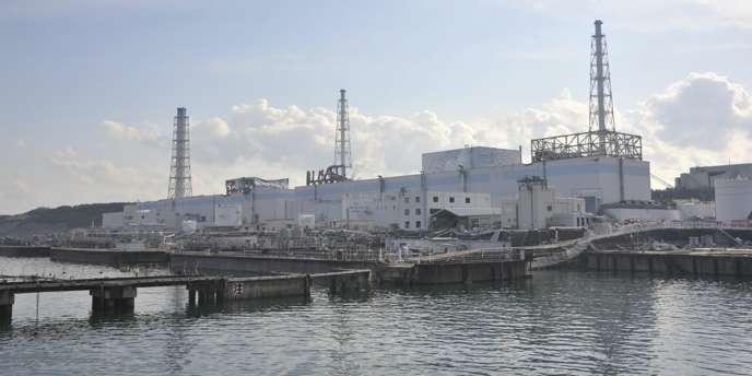 De l'eau hautement radioactive se déverse dans l'océan sans que l'opérateur de la centrale nucléaire de Fukushima, Tepco, soit en mesure de la contenir.