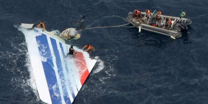 L'accident du vol AF447 a coûté la vie à 228personnes.
