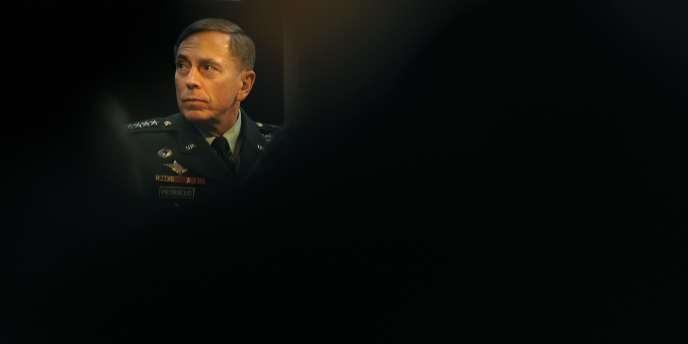 Le général Petraeus à Londres, en mars 2011.