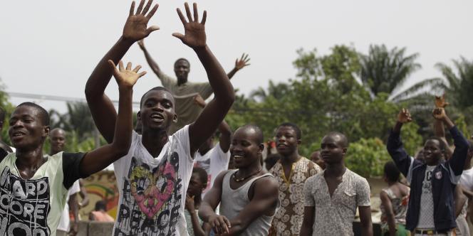 Joie à Abijdan après l'annonce de l'arrestation de Laurent Gbagbo lundi 11 avril.