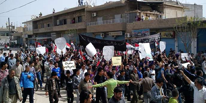 Manifestation à Qamishli, le 1er avril.