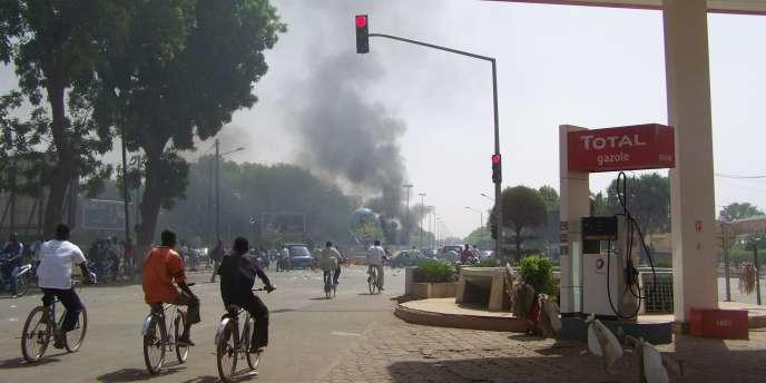 Le président Compaoré fait face depuis février à une série de contestations de militaires, de la jeunesse, de magistrats et de commerçants.