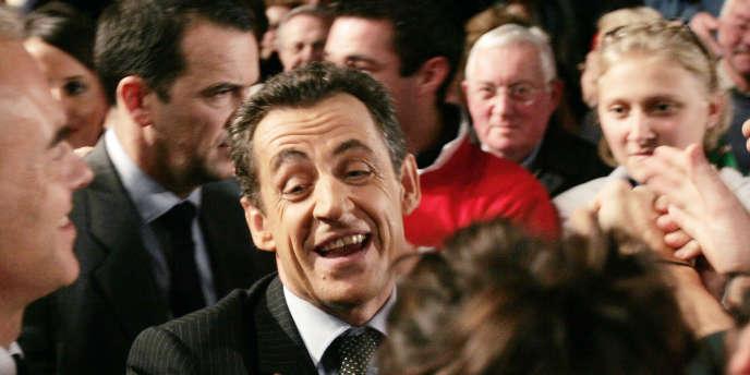 Nicolas Sarkozy en campagne à Charleville-Mézières en décembre 2006.