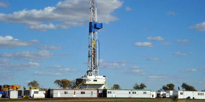 Un site d'exploitation de schiste dans le nord Dakota aux Etats-Unis.