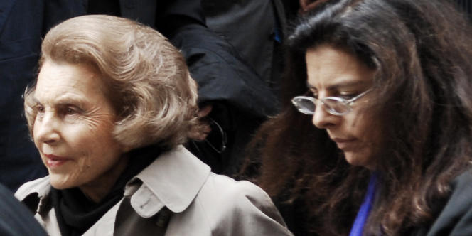 Liliane Bettencourt et sa fille Francoise, en juillet 2007.
